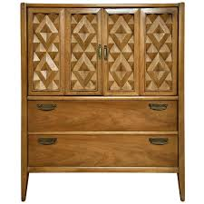 Broyhill Fontana Dresser Dimensions by Broyhill Furniture Tables Storage Cabinets U0026 More 19 For Sale