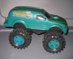 100 Bigfoot Monster Truck Toys 64 1 Toy