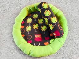 Drs Foster And Smith Dog Beds by How To Sew A Round Cat Bed U0026 Bolster Pillow Community Service