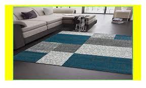 wohnzimmer teppich kurzflor türkis grau weiß modern kariert