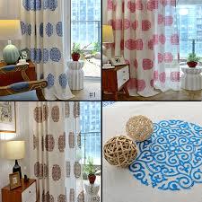 japanisch vorhang blau blumen design im wohnzimmer