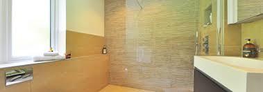 bodenfliesen fürs badezimmer darauf sollten sie achten