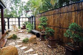 ArchitectureFront Yard Design With Diy Green Bamboo Fence And Small Garden
