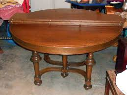 A Possible Dining Table Quality Antique 1910 Quarter Sawn Oak 54 Round