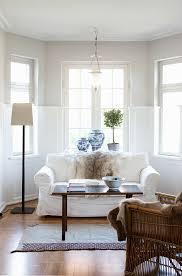 klassisches wohnzimmer im erker mit bild kaufen