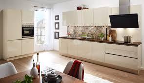 moderne einbauküche classica 1230 magnolie mit griffleiste