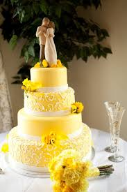 Wedding Cake Colors Mellow Yellow Marrying Later In Life Yellow Wedding Cakes 1666