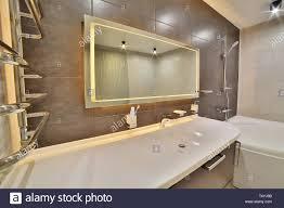 luxuriöses badezimmer im französischen stil in bad das haus