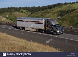 Trucking Company Stock Photos & Trucking Company Stock Images - Alamy