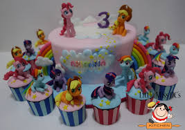 my little pony cake and cupakes