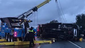 100 Big Truck Wrecks 1 Killed In Box Truck Crash On Northbound Hwy 101 In San Jose