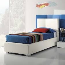 Modern Single Bed Interiors Design