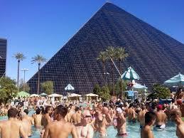 Luxor Casino Front Desk by 15 Best Luxor Hotel U0026 Casino Las Vegas Images On Pinterest