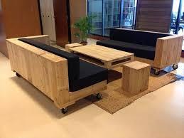 fabrication canapé palette bois des idées de réalisation de canapé en palette décoration