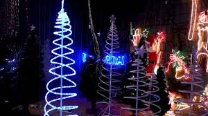 Lighted Spiral Christmas Tree Uk by Christmas Lighting Show Display Christmas Light Tree Spiral 3d
