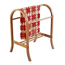 curvaceous quilt rack woodworking plan from wood magazine