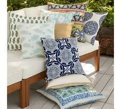 Designer Suzanne Tucker's Tips To Refresh And Renew Your Home For ... Sleek Rolled Arm Small Living Room Fniture 2 Removable Back 7 Ways To Decorate With White Totes Bubble Umbrella Contemporary Outdoor Cushions And Pillows By Pottery Barn Pillow Bright Colors Stripes Polka Sunbrella Saratoga Inoutdoor 12x18 Ebay The Best Of Bed And Bath Ideas New Of Gallery Katrea Print Cushion Deck Pinterest Decking Pergola Fire Pit Sunny Side Up Blog Snowflake In The Air Inoutdoor Ca Spooky House Projects