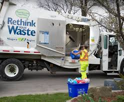 Garbage-truck-recycling-waste-collection - Canadian Stewardship ...
