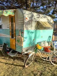 1969 RoadRunner Vintage Camper