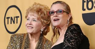 Halloweentown Ii Cast by Debbie Reynolds Shares Sweet Photo On Daughter Carrie Fisher U0027s
