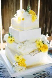Sunny Rustic Barn Wedding In Michigan With Photos By Dan Stewart