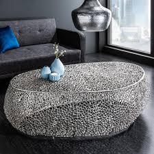 cagü couchtisch nube silber aus aluminium im aststruktur design handgefertigt 122cm oval