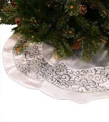 72 Inch Christmas Tree Skirts by 94 Best Christmas Tree Skirts Images On Pinterest Diy Beads And