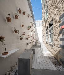 100 Scarpa Architects Courtyards At Rossmore Weldon By Brooks