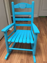 $8 Rocking Chair From Goodwill Was An Awful Hunter Green ...