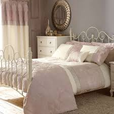 Pink Olivia Bed Linen Collection