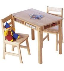Crayola Wooden Table And Chair Set by 25 Unique Wooden Kids Table Ideas On Pinterest Wood Pellets For