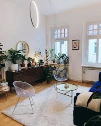 wohnzimmer und pflanzenecke