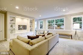 schicke wohnzimmer interieur in natürlichen farben stockfoto und mehr bilder architektur