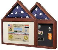 CAPITOL FLAG DISPLAY CASE