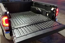 Tacoma Bed Mat by 8 Great Bed Features 2016 Toyota Tacoma Long Term Road Test