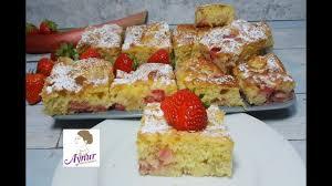 luftiger rhabarber erdbeer kuchen vom blech in nur 10 minuten vorbereitet einfach und schnell