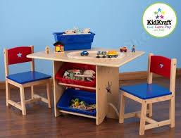 ensemble table chaises ensemble table et chaise enfant kidkraft table chaises motif etoile