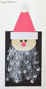 Heres A Santa Craft For Kids That Uses Super Fun Art Technique Printing With Yarn And Pipe Cleaners The Finished Claus Artwork Can Be Hung To