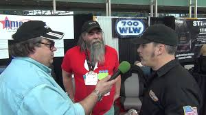 Robb Mariani (AMERICAN TRUCKER) Interview With Bubba Bo (AMERICAS ...