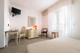 chambre confort chambre confort vue mer hôtel cala di l oru ile rousse