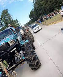 Fleet Of Monster Trucks Conducts Rescues In Flood-ravaged Texas ...