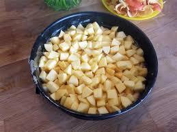 rezept schwedischer apfelkuchen mit marzipan haselnuss und