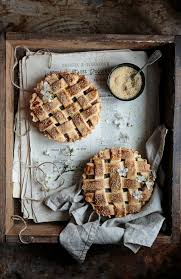 Great Autumn Dessert Like These Apple Pies