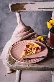 tolles rhabarber kuchen rezept mit feiner buttermilch