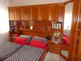 schlafzimmer über eck komplett mit bett überbau