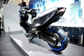 Eicma 2010 Bmw Concept C Live Photos Medium 3