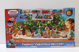 Thomas The Train Tidmouth Shed Trackmaster by Trackmaster Thomas U0027 Christmas Delivery Youtube