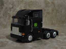 ERTL 1/64 BLACK Semi Truck John Deere Farm Toy Peterbilt Kenworth ...