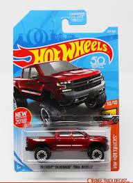 100 Hot Trucks 19 Chevy Silverado Trail Boss 18NM HW PKG 1200pxOTD