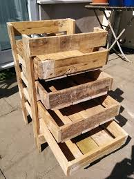 DIY Pallet Storage Box Wooden